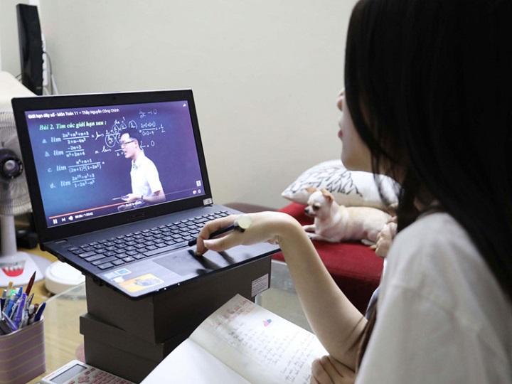 Có nên mua các khóa học online hay không?